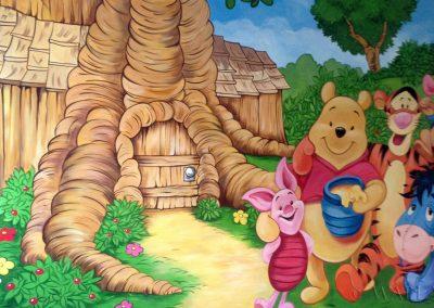 pomalowana ściana - Kubuś Puchatek