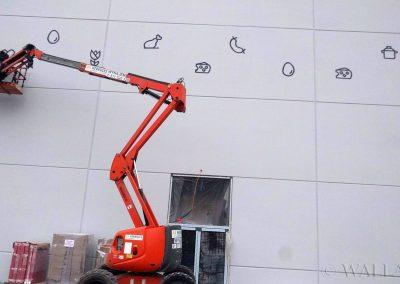 malowidło na elewacji - Kaufland