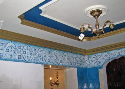 wykonane malowidło na suficie - ornamenty