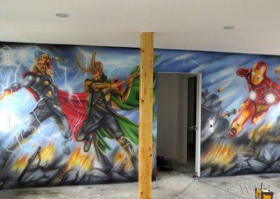 pomalowana ściana - Avengers