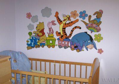 wykonane malowidło w pokoju dziecka