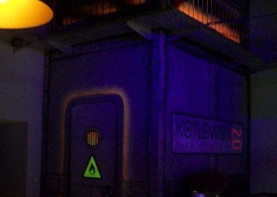 pomalowane ściany - fluorescencyjne UV