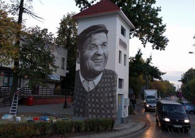 mural na trafostacji - Wacław Kowalski