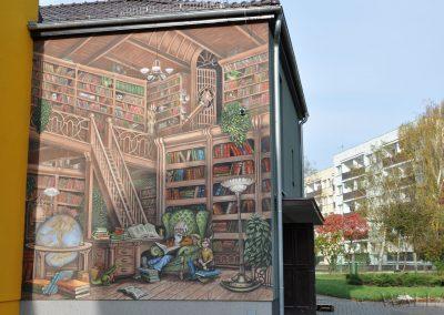 wykonany mural biblioteki - Krapkowice