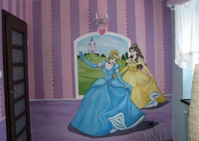 malowidło w pokoju księżniczki