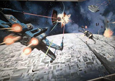 wykonane malowidło na suficie Star Wars