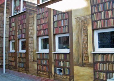 wykonany mural - książki