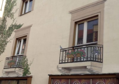 wykonany mural - namalowane balkony