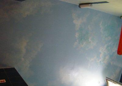 pomalowany sufit - niebo