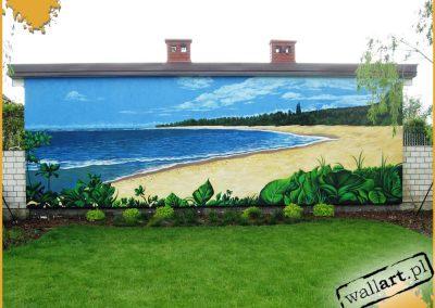 wykonany mural w ogrodzie