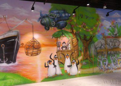 wykonane malowidło - pingwiny z Madagaskaru
