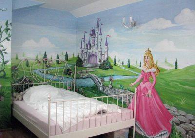 malowidło w sypialni dziewczynki