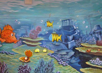wykonane malowidło - ryby i wrak